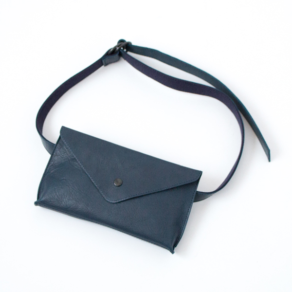 【別注】HORSE LEATHER WAIST POUCH(NAVY)