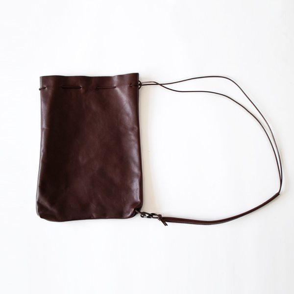 HORSE LEATHER DRAW STRINGS SHOULDER(CHOCO)