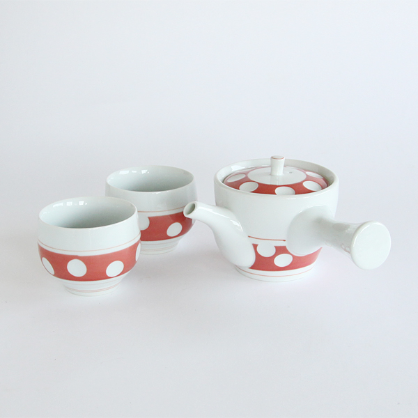 Hizen Yoshida polka dot teapot and cups set