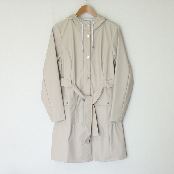 Curve Jacket Sand raincoat
