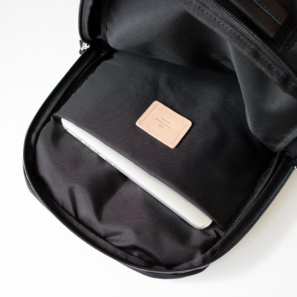 EFFECT SLIM PACK バックパック(BLACK)