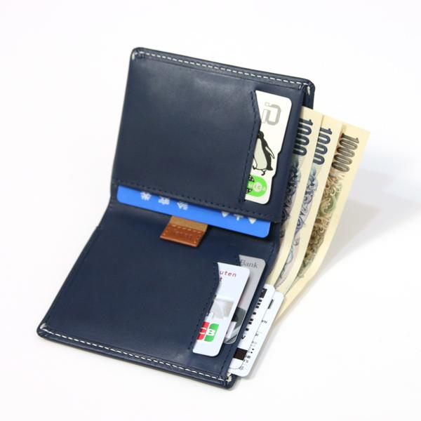 fd2890ae814d 使い方を想定したスマートな造りのお財布なので、よく使うカードは取り出しやすい場所に、という風に無意識に整理整頓しやすいのがポイントです。