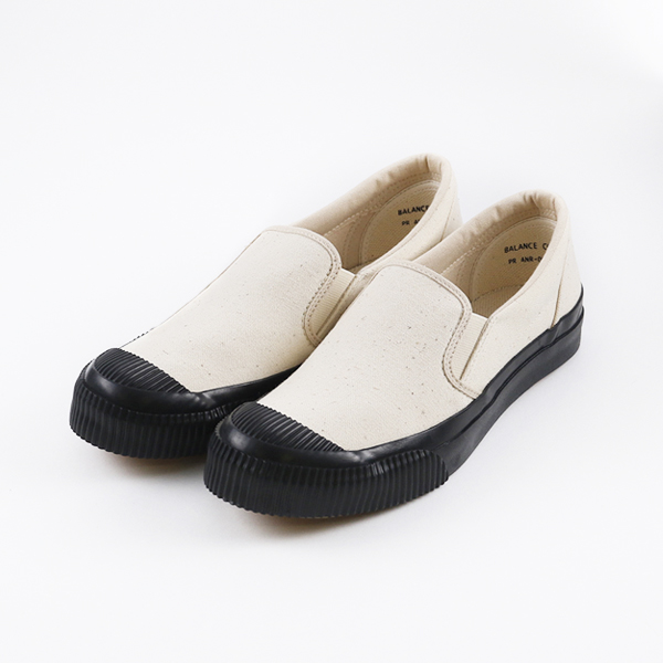 SHELLCAP  SLIPON KINARI BLACK