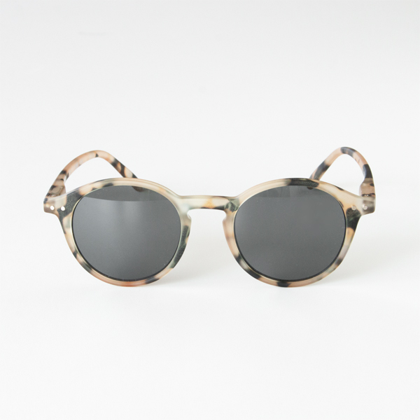 SUNGLASSES D