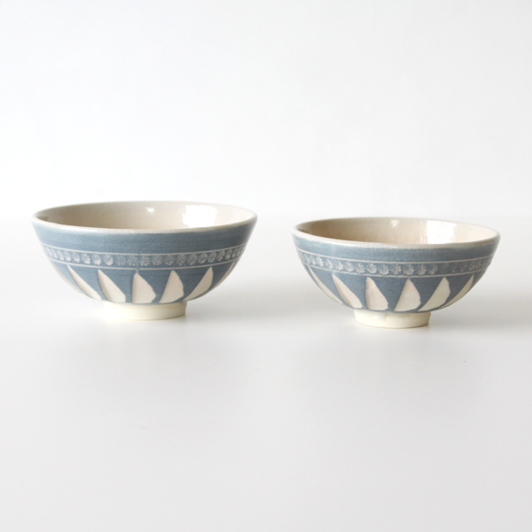 Rice bowl Kumimeshiwan blue glaze stripped Mishima
