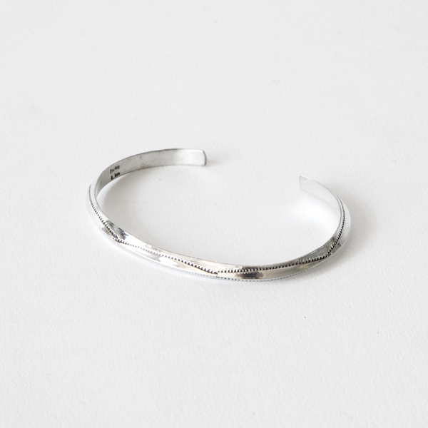 STERLING SILVER BANGLE SLIM J