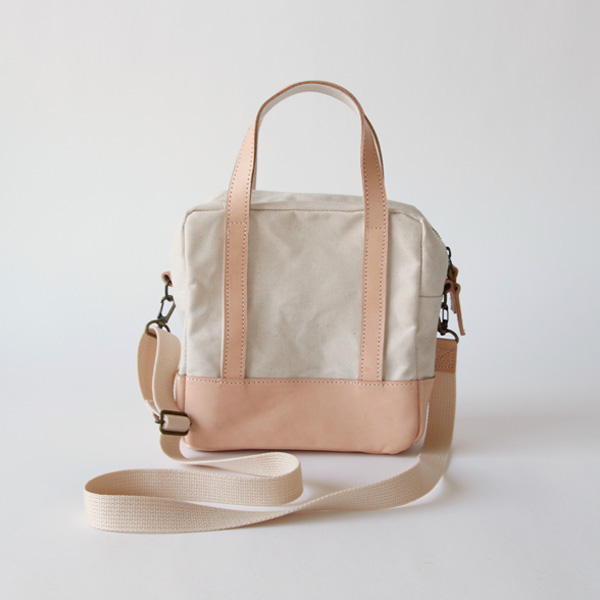 2way Square bag Off-white