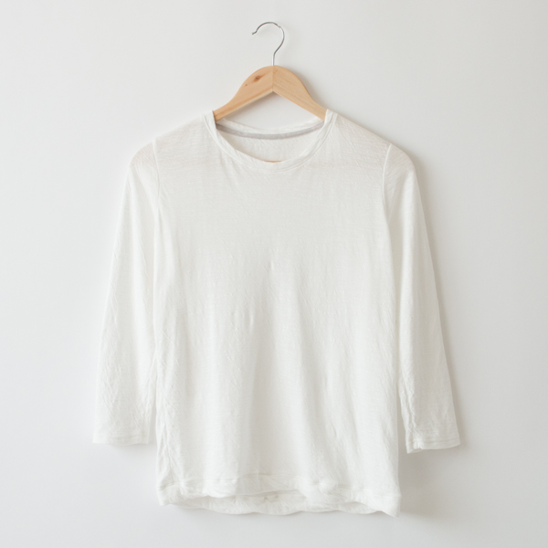 THREE-QUARTER LENGTH SMOOTH TEE