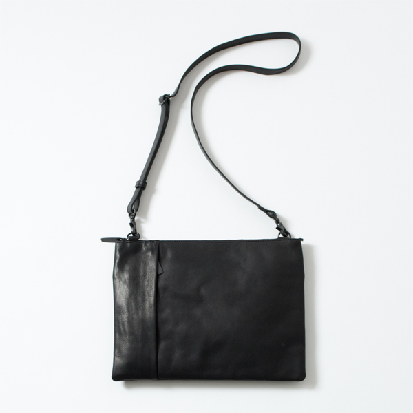 LEATHER SHOULDER BAG GRANDE POCHE SACOCHE