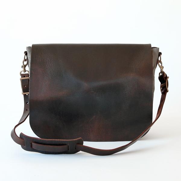 CANVAS-LEATHER MAIL bag LARGE