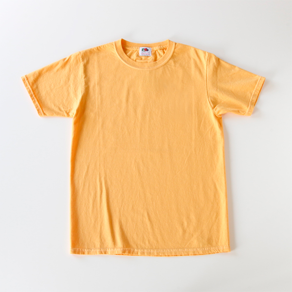 Fruit-dyed T-shirt mango
