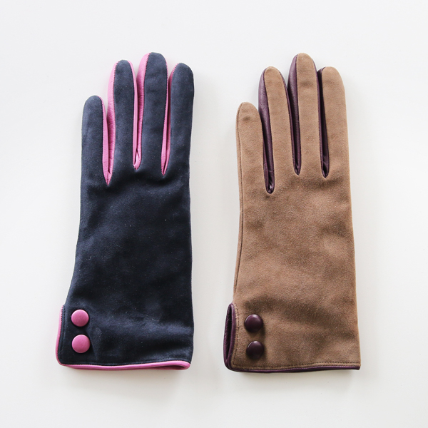 WOMEN SHEEP SKIN GLOVES WITH BOTTON