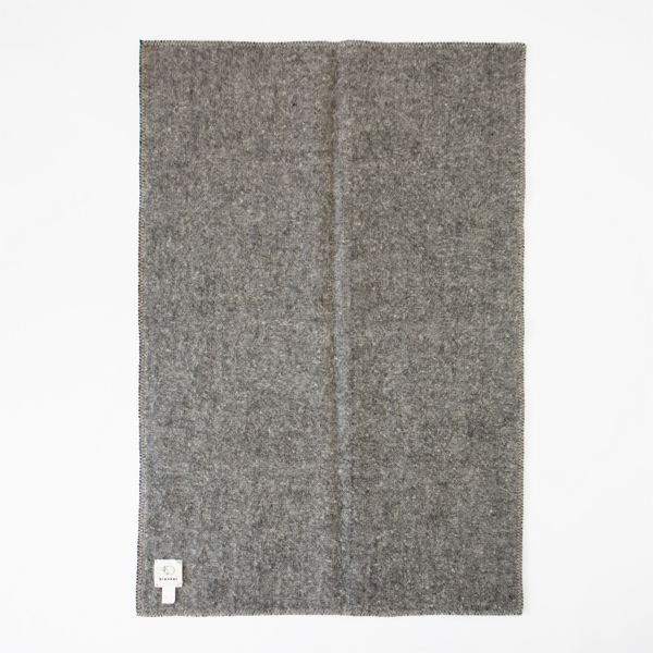 BISYU WOOL BLANKET
