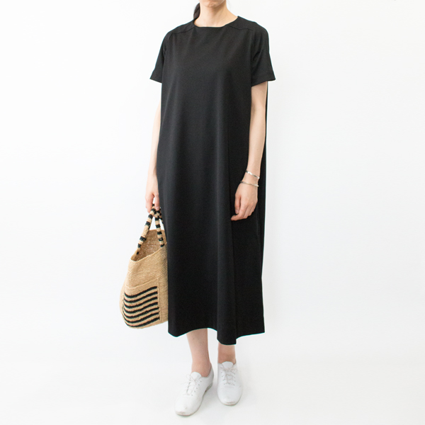 モデル身長:166cm(NATURAL/BLACK)