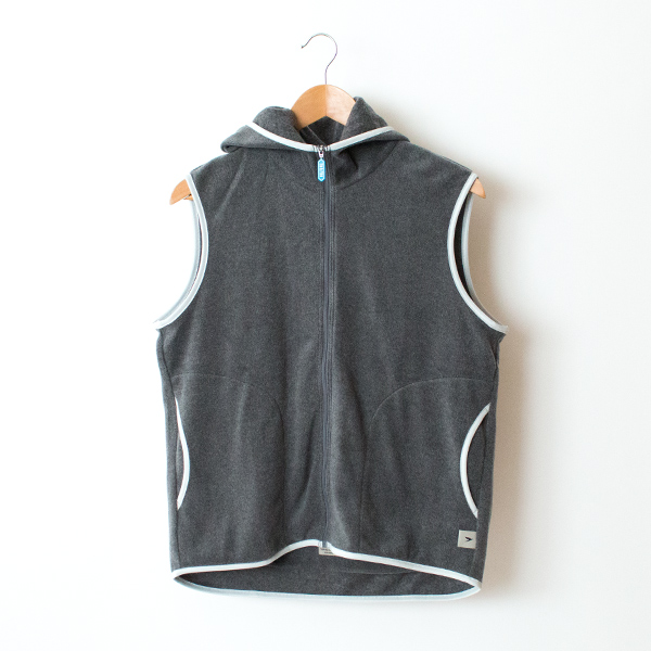 HOODED VEST   GRAY