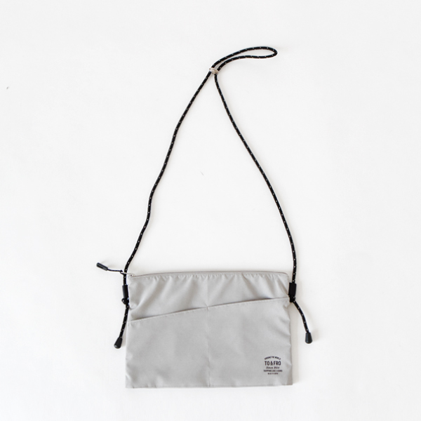 PACKABLE POUCH SQUARE グレー