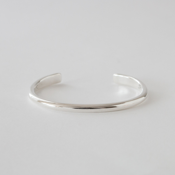 LADIES BANGLE STUDEBAKER CHAMPION CUFF  POLISHED