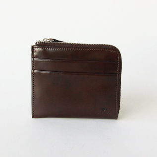 L-shaped zip wallet