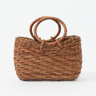AKEBIA BASKET BAG OF RISING BODY WITH RING HANDLES