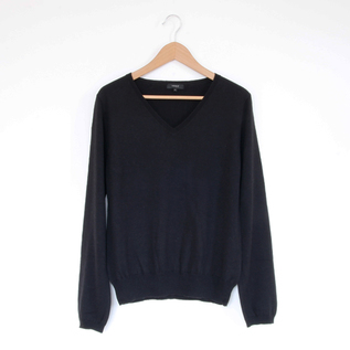 Basic V-neck long sleeve black