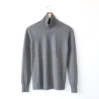 HIGH MOCK NECK SWEATER GREY