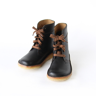 Lace-up short boots black
