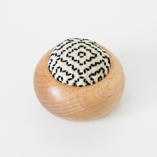 Yusa needlework round pin cushion