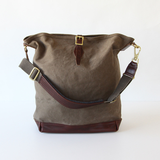 BAG ONE STRAP CARRY-ALL OLIVE