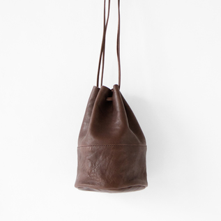 VEGETABLE HORSE LEATHER DRAW STRING POUCH S(巾着ショルダー)
