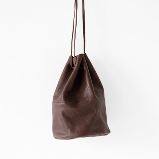 VEGETABLE HORSE LEATHER DRAW STRING POUCH M(巾着ショルダー)