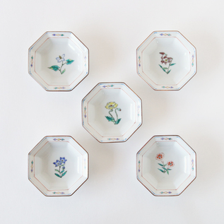 KUTANI OCTAGONAL SMALL PLATES FLOWER SET OF 5