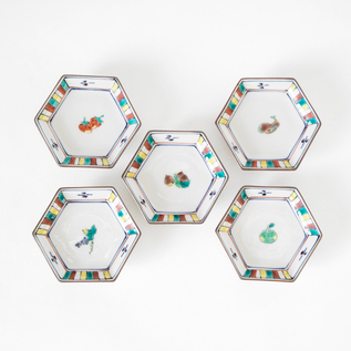 KUTANI HEXAGONAL SMALL PLATES FRUITS SET OF 5