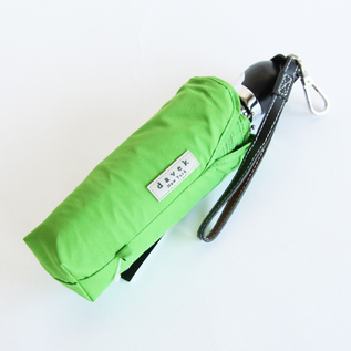 FOLDING UMBRELLA THE DAVEK TRAVELER kiwi green