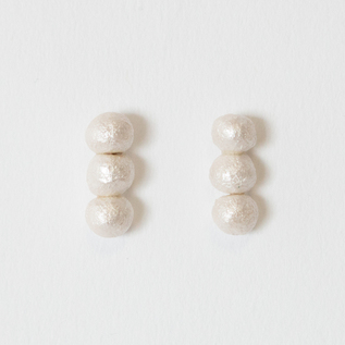 BESKOPE BABY PAPER PEARL STRAND EARRINGS