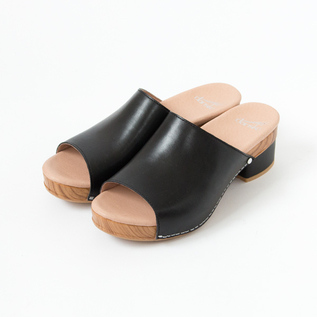 MACI CLOGS SANDALS BLACK