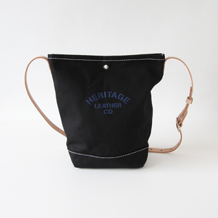 Bucket shoulder bag black