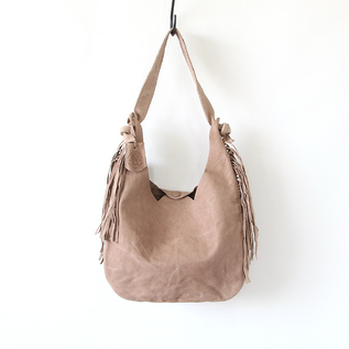Tail shoulder bag