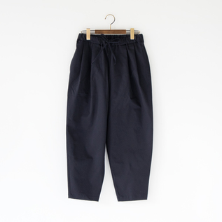 CHINO STRETCH TUCK PANTS