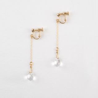 Clip-on EARRINGS tears