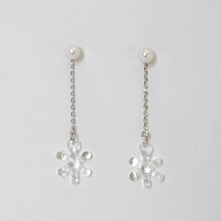 BESPOKE EARRINGS PEARL SNOW