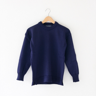 WOMEN CREW NECK SWEATER