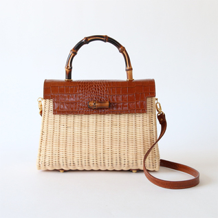 Rattan handbag bamboo handle