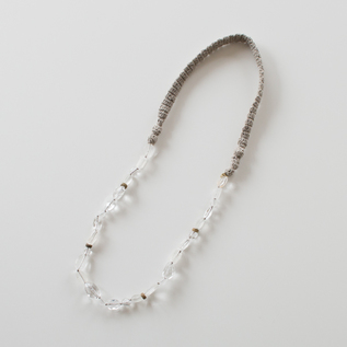 KNIT CRYSTAL NECKLACE