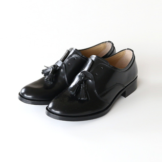 LEATHER TASSEL SHOES BLACK