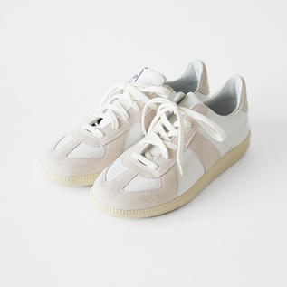 スニーカー GERMAN ARMY TRAINER WHITE/ECRU