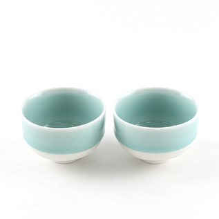 PAIRED NABESHIMA WARE TEACUP