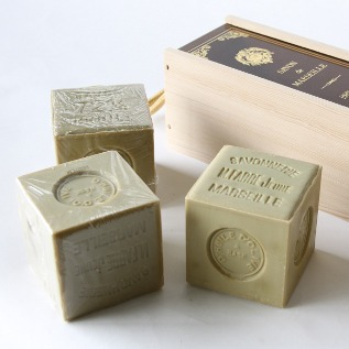 Savon de Marseille big cube soap gift