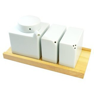 3-point condiment set with wooden stand