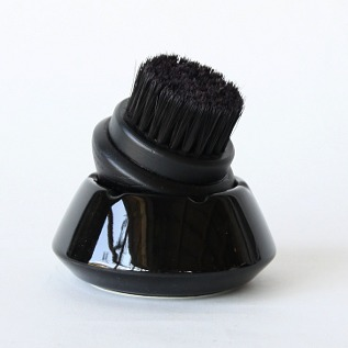 靴ブラシ 黒毛(黒毛×黒容器)