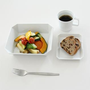 使用イメージ(パンはプレート165、グリル野菜はボウル184)